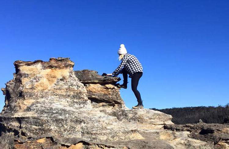 climbing-around-newnes-plateau