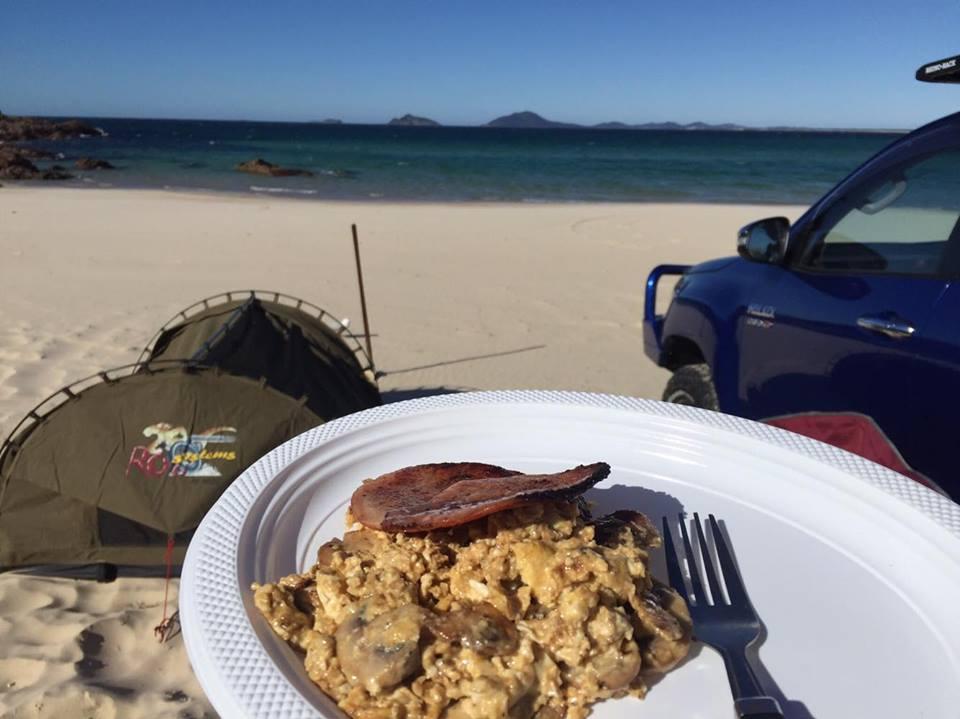 sandy-breakfast