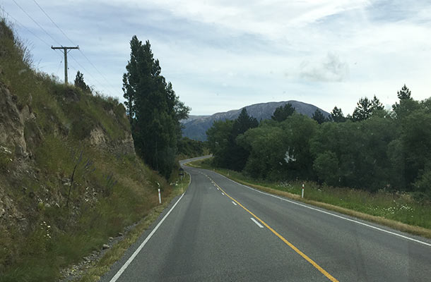driving-to-arthurs-pass2