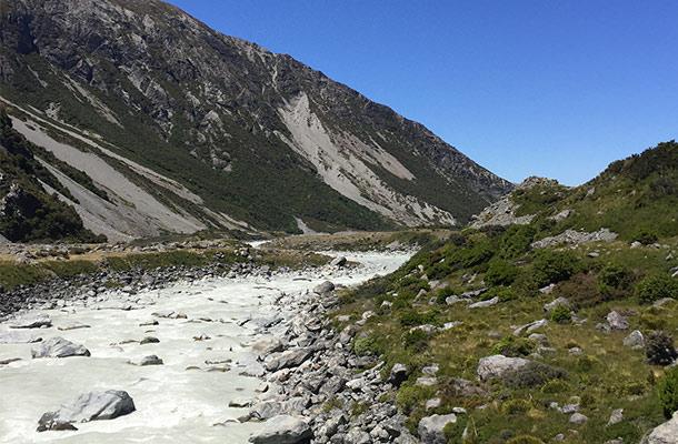 hooker-valley-lake2