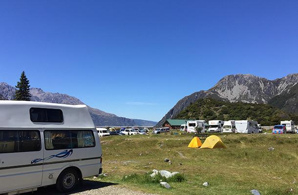 while-horse-campsite