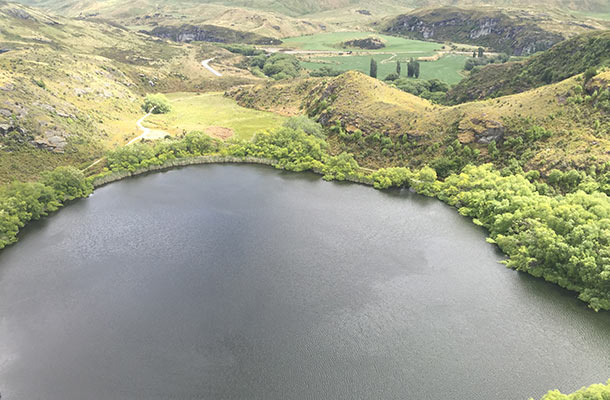 diamond-lake-its-big