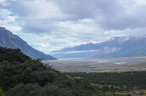 mount-cook-valley