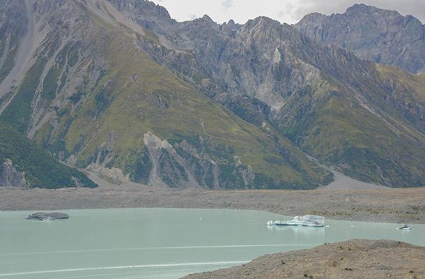 to-the-right-of-tasman-glacier