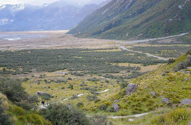 walk-to-tasman-glacier