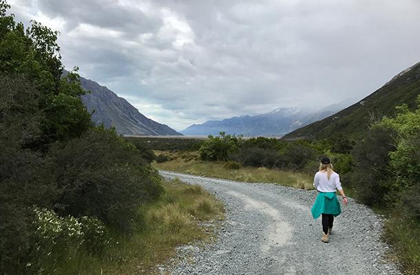 walking-back-blue-lakes
