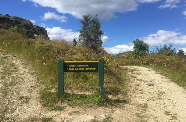 way-to-lake-wanaka-viewpoint
