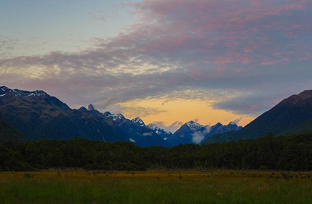 deer-flat-sunset-mountains