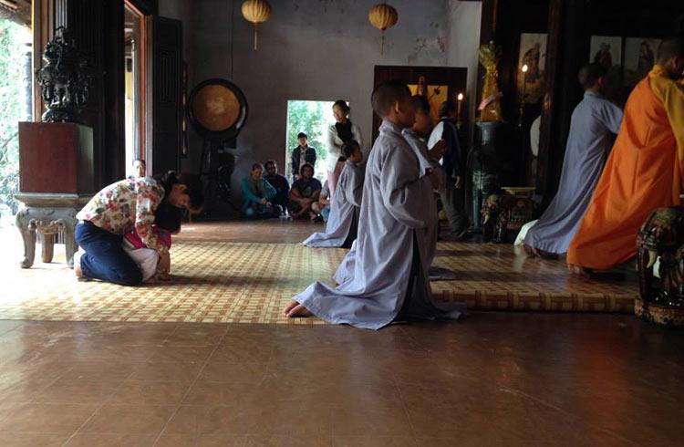 hue-monastery