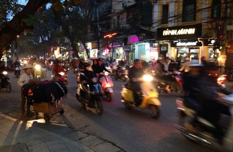 traffic-hanoi