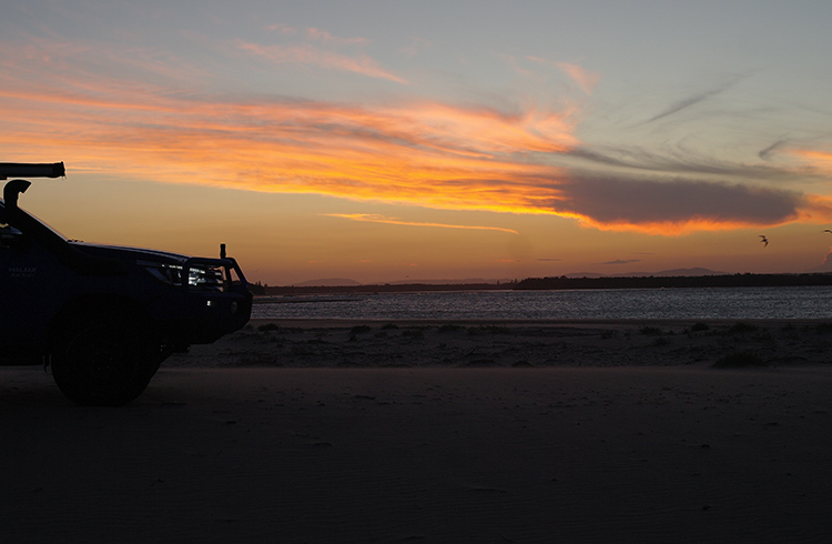 hilux-sunset-harrington