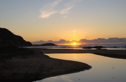 sunrise-kylies-beach