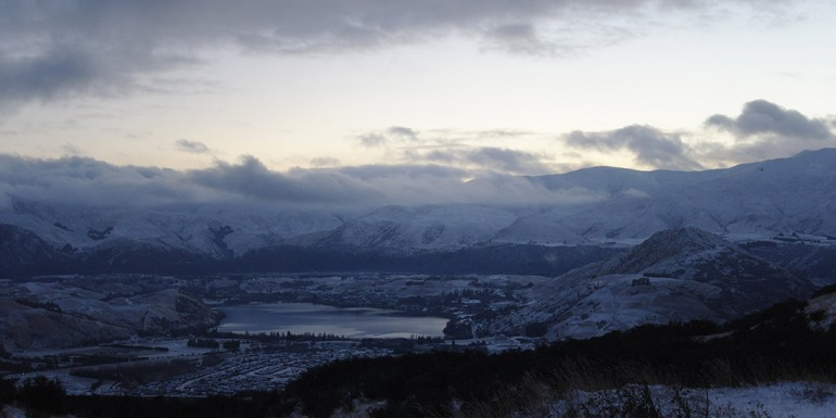 view-of-queenstown-from-way-to-remarkables-ski
