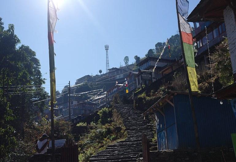 abc-day-six-chomrong-steps