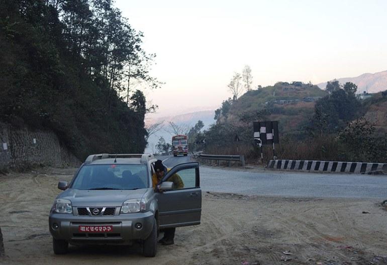 nepal-grim-toilet-stop
