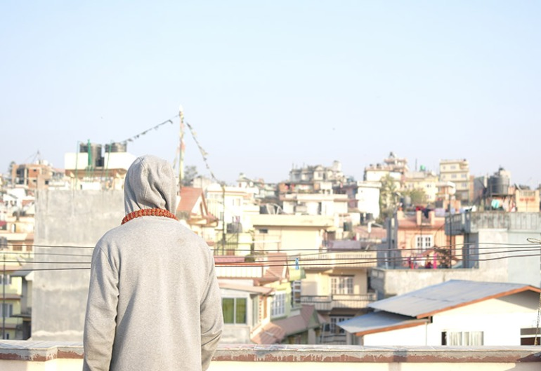 nepal-people-watching-from-bibeks-rooftop-in-kathmandu