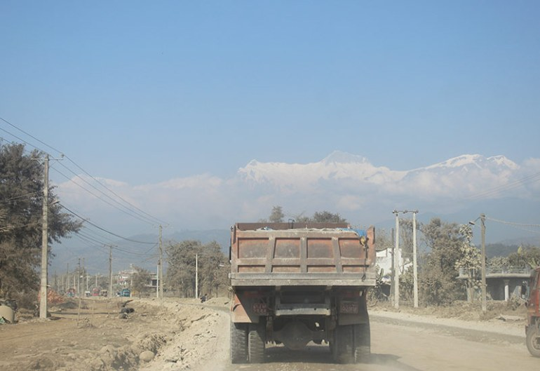 nepal-road-to-pokhara