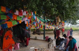 lumbini-people-750x490