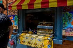 bogota-street-tour-empanadas
