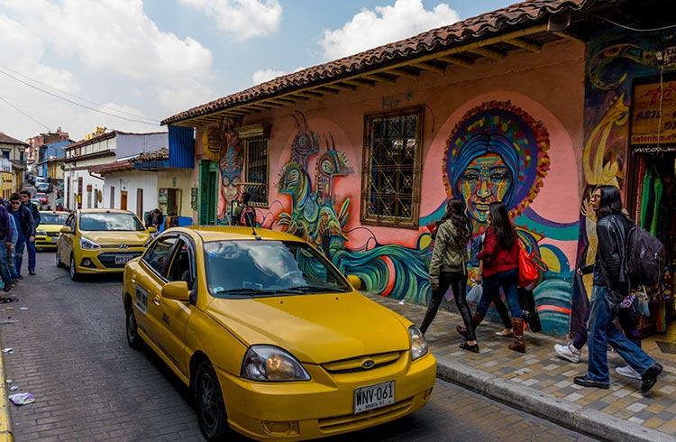 bogota-street-tour-taxi