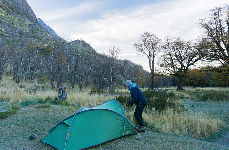 setting-up-camp-colours-of-winter