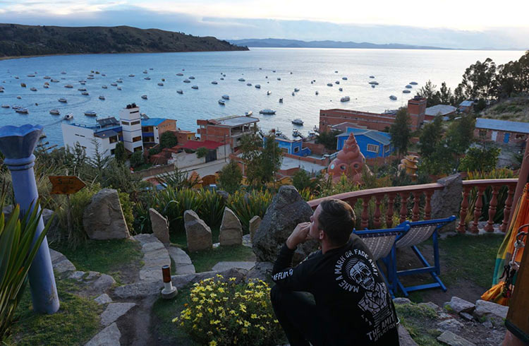 hostal-las-olas-bolivia