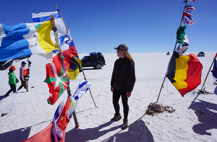 salt-flats-flags